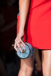 Versace-Spring-2015.Kiểu dáng đơn giản,sang trọng